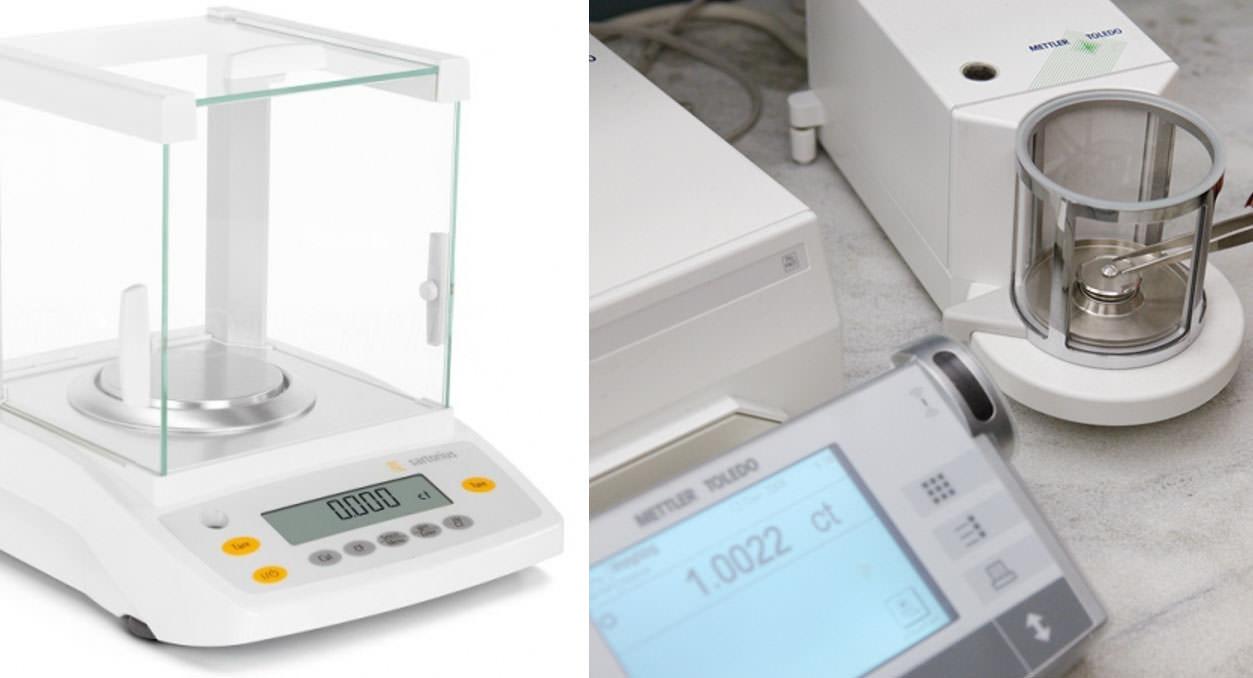 鑽石重量克拉秤重,左邊是鑽戒太太工廠使用,德國 SARTORIUS 的電子秤,一台大約要5萬左右台幤,右邊是GIA檢驗實驗室用精準度更高的電子秤,有沒有發現到都有一個蓋子那是要杜絕氣壓因素用的,是不是十分的精密