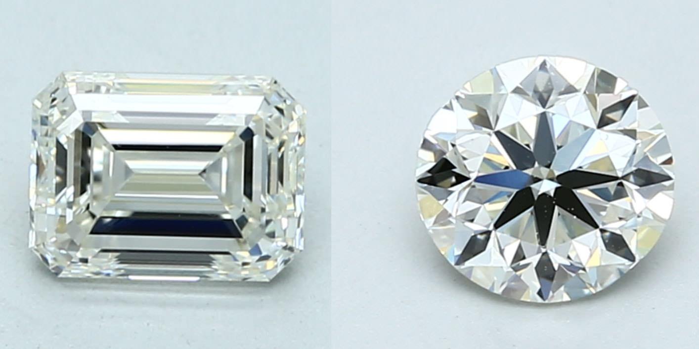 鑽石顏色比較:同色 K 色,但不同切工的鑽石,很明顯階梯式車工(Step Cut)的祖母綠方形看起來黃黃的